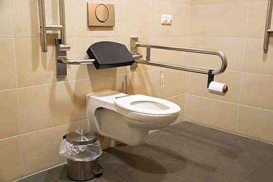 barrierefreies WC in Potsdam & Brandenburg installieren